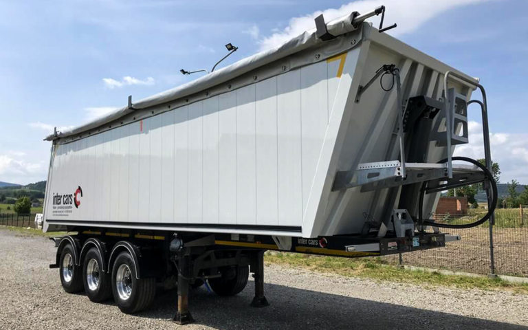 Feber Trailers, Semi-Trailers, flat bed and truck bodies at Baxle London UK