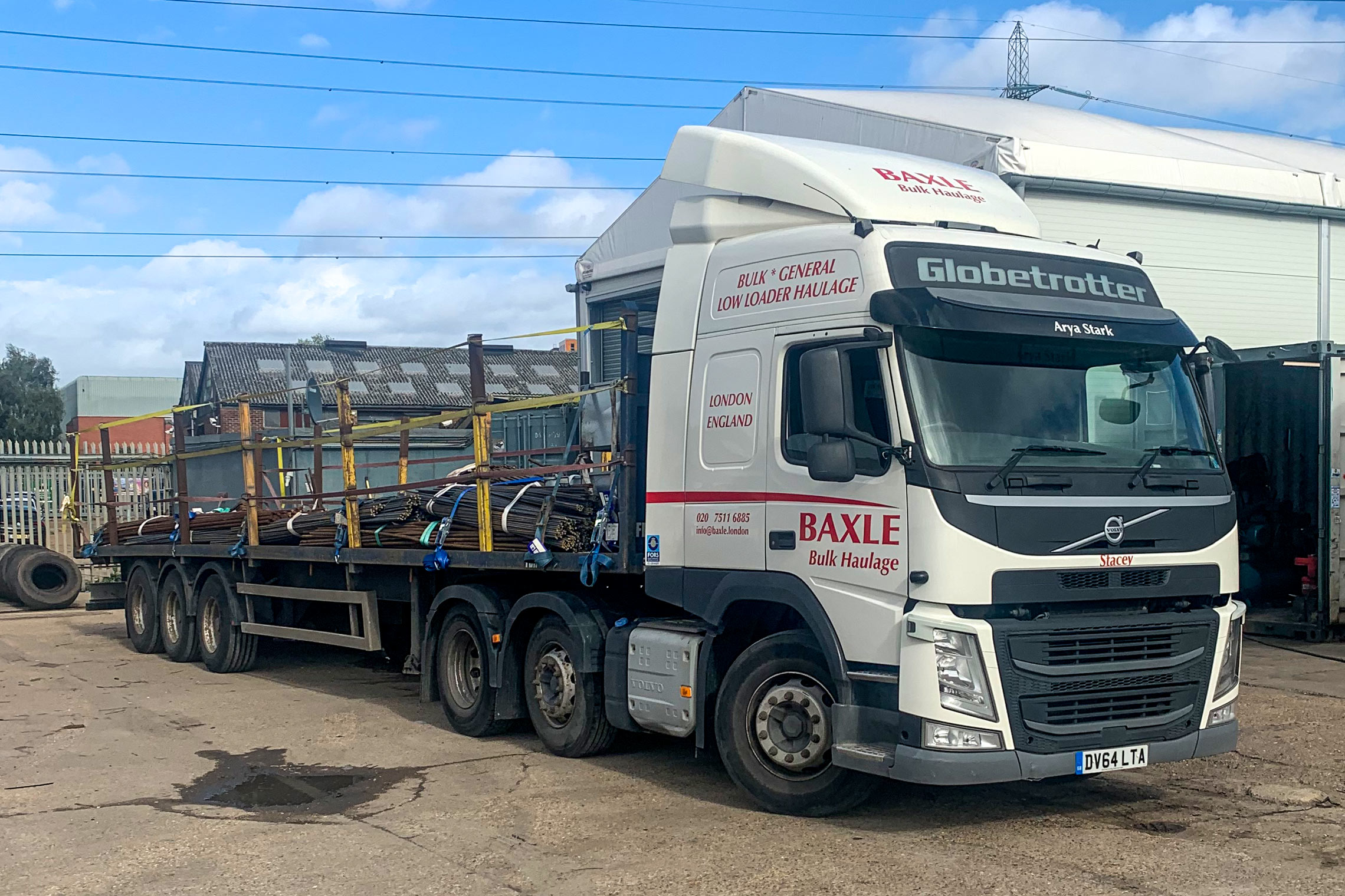 Flatbed trailer hire from Baxle London